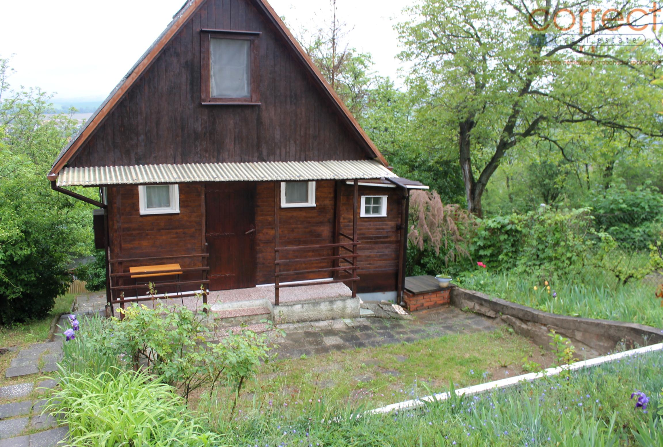 Prodej chaty c.p.1058m2 se zahradou Dolní Kounice