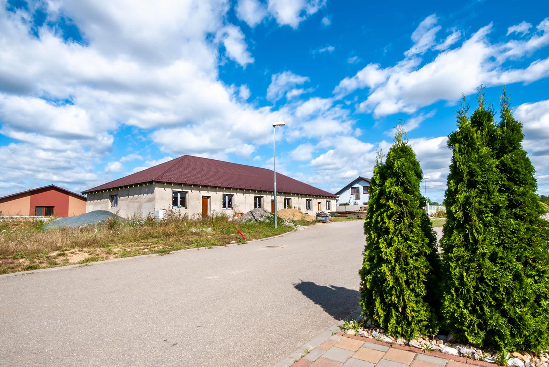 Prodej 9. etapy bytů 4+kk se zahradou v obci Šanov (byt č. 1), CP 373 m²