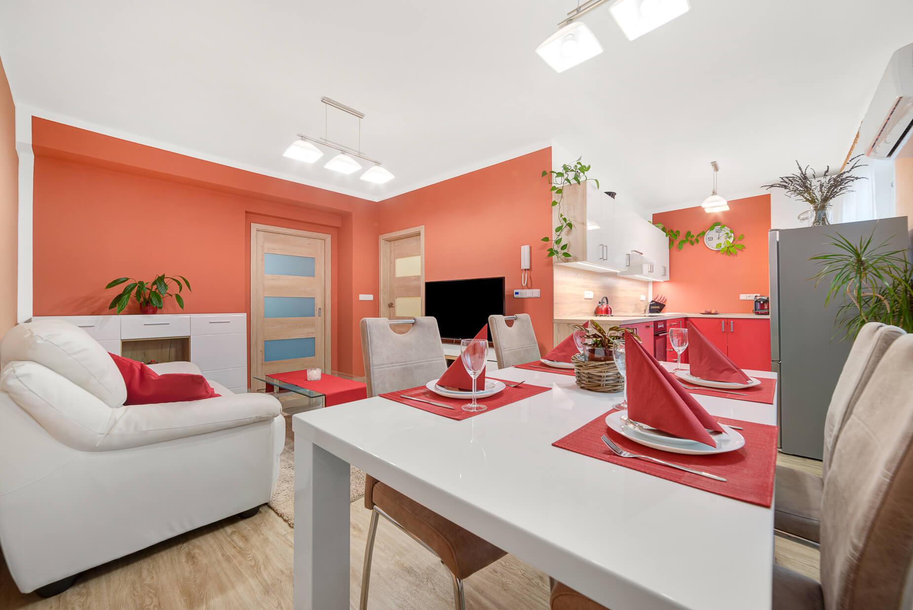 Prodej hezkého bytu 2+kk po rekonstrukci, 63 m², Rosice